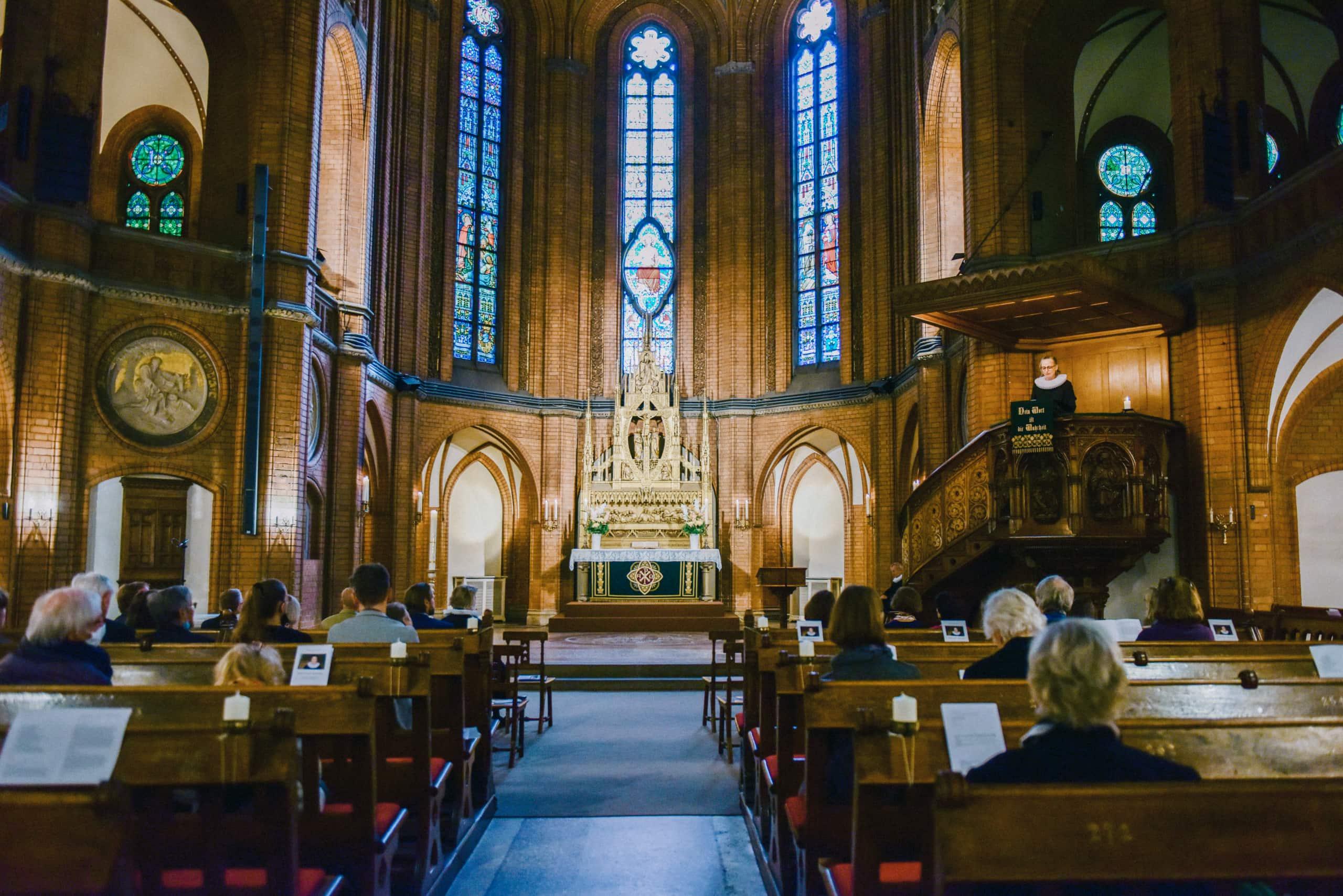Kirche St. Johannis Harvestehude, Hamburg – Gottesdienst